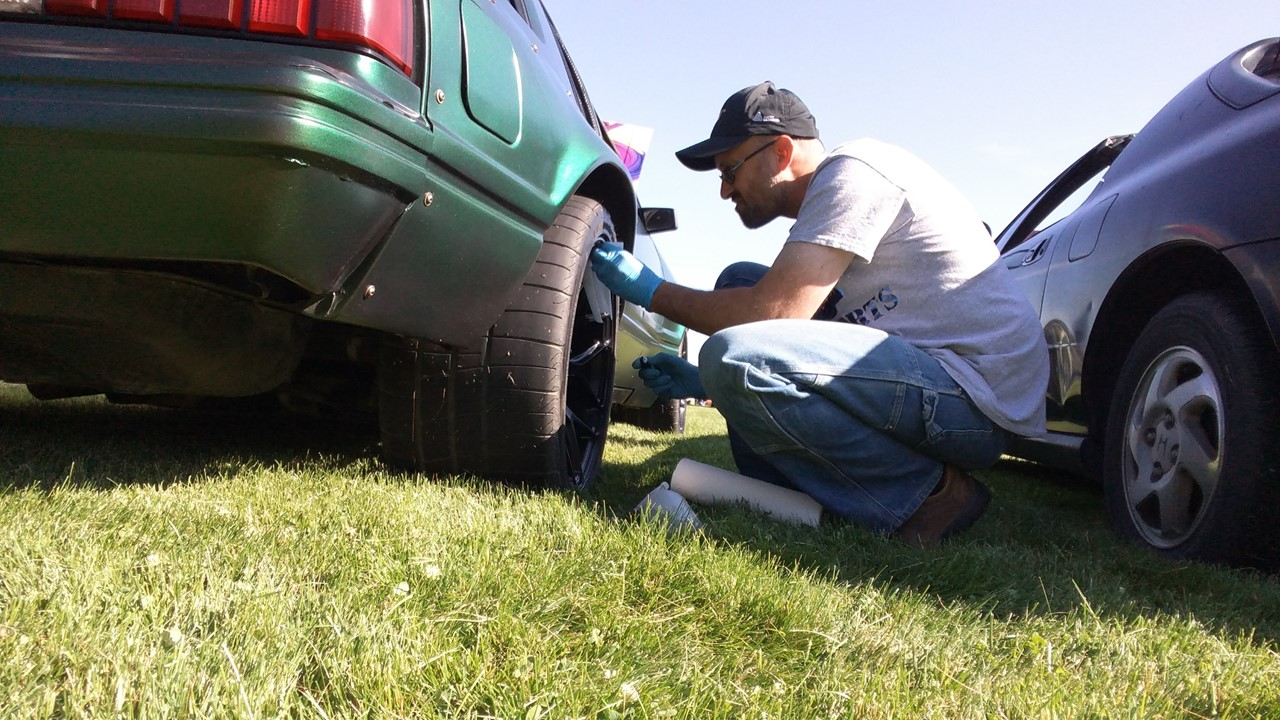 Name:  Cleaning Rear Tire.jpg Views: 48 Size:  284.7 KB
