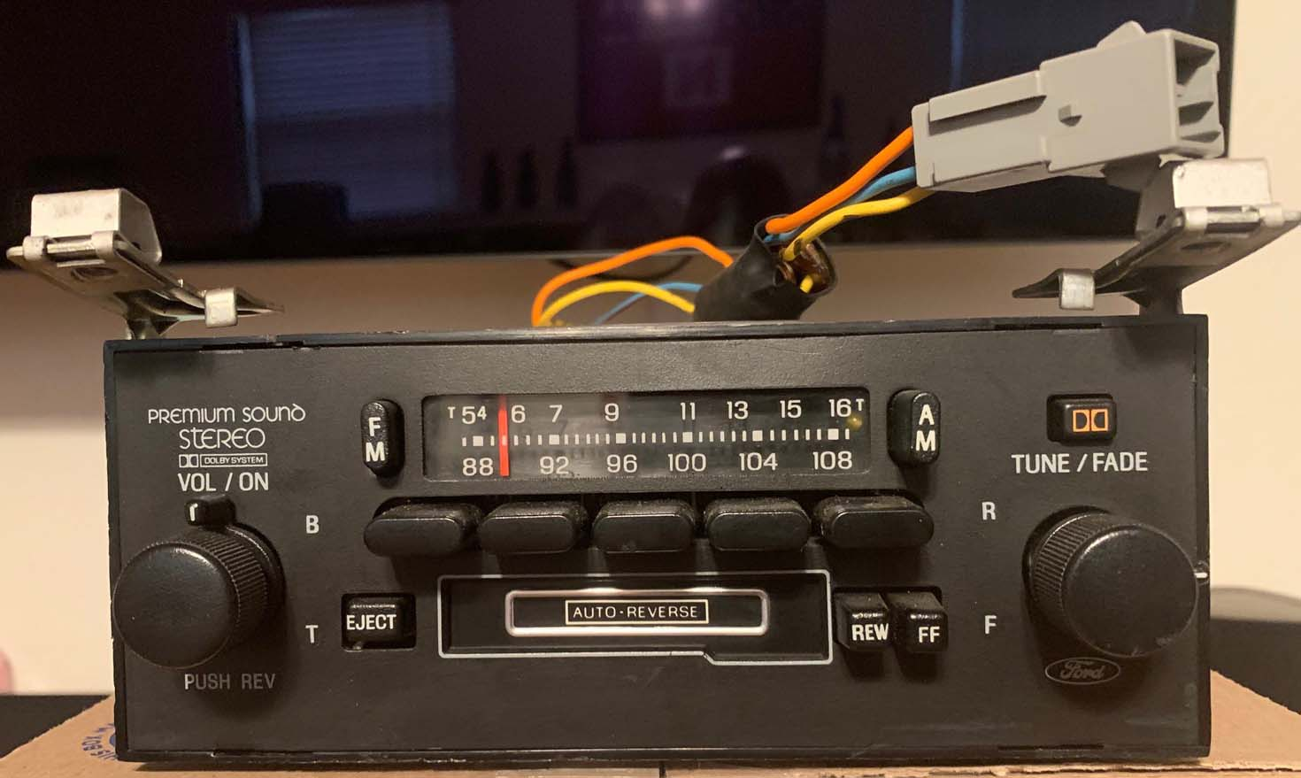 Name:  Ford Radio - 2 - Copy.jpg Views: 173 Size:  109.7 KB