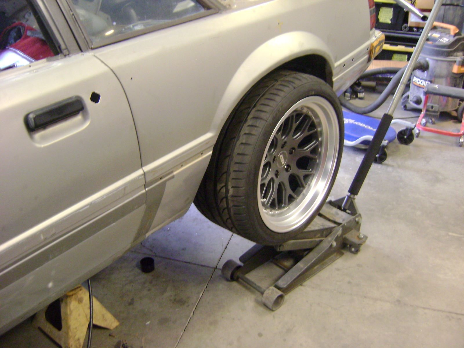 Name:  Rear Tire front view.JPG Views: 451 Size:  204.9 KB